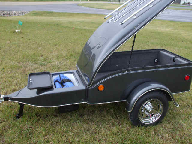 View Of Dart Trailer With Lid Open, Optional Closed Cooler Package With Lid Open, Custom Paint